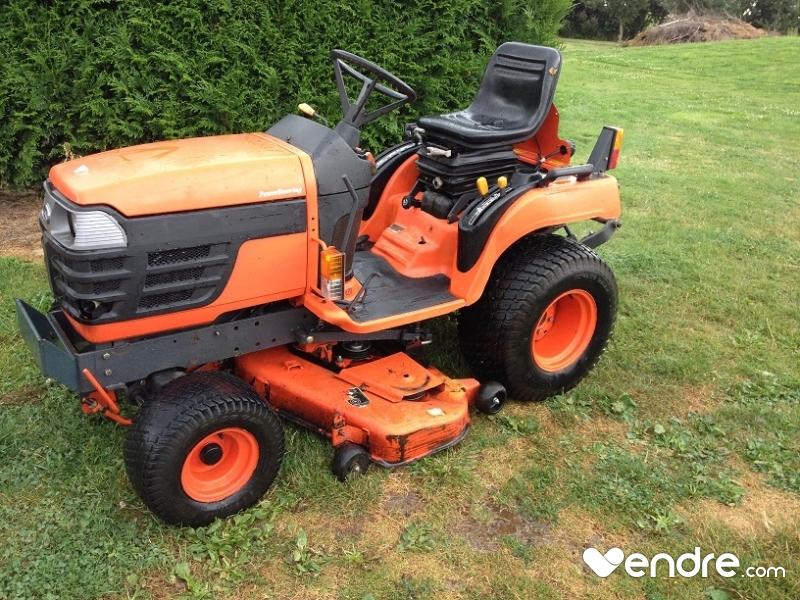 tracteur tondeuse kubota bx2200 mulching. Black Bedroom Furniture Sets. Home Design Ideas