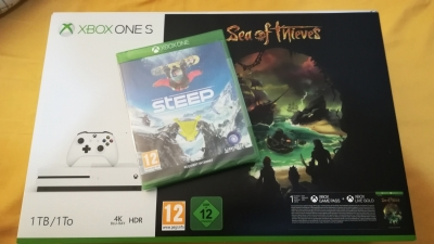 Photo 0 Xbox One S 1To Sea of Thieves Bundle SOUS BLISTER