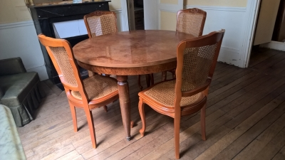 Table Salle A Manger Bois Massif Buffet Table Basse